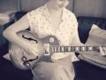 Carina Becher_guitar4
